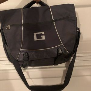 Guess Messenger Bag